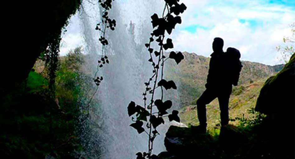 Cascada del Pozairón en Pereña de la Ribera