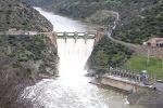 El Duero aumenta su punta en Las Arribes y obliga a abrir compuertas en Aldeadávila y Saucelle