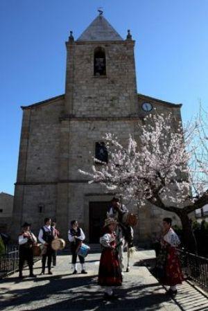Fiesta de El Almendro