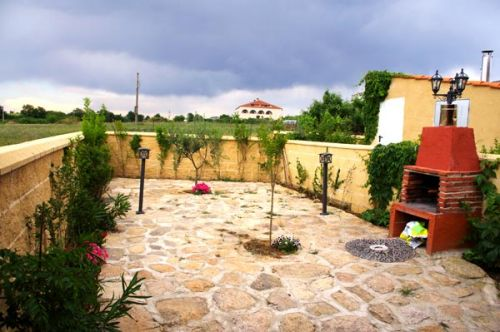257-4-15-Patio-Almendro.jpg